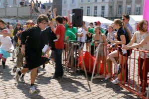 Jan Vanderstraeten, PR manager of VRG Ghent, runs at the 12-hour marathon.