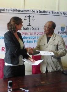 Hélène Trachez d'ASF et le Bâtonnier de Kisangani s'engagent pour plus d'aide légale @ ASF - M. Causin